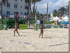 20130224_Foot Volley the Brazilian Girls (Small)