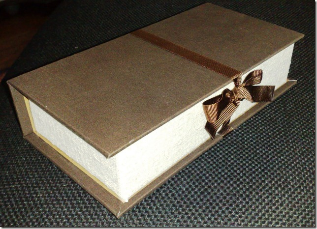 caixa livro presente madrinhas
