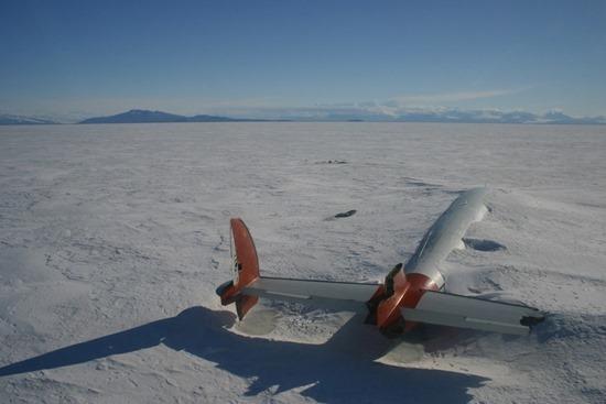 Os restos da Pegasus em McMurdo Sound, Antárctica