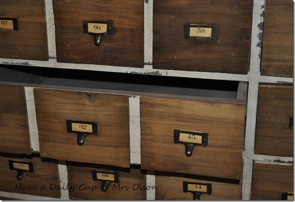 cuttin back & cabinet 014