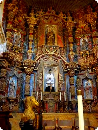 8-altar