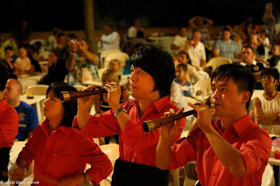 Colla de castellers xinesa Xiquets de Hangzhou al inci d'una gira a Catalunya.Hotel Calypso, Medplaya.Salou, Tarragonès, Tarragona