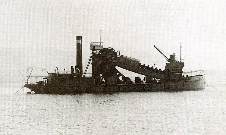La draga OSA. Foto de la Autoridad Portuaria de Santander.Foto Autoridad Portuaria de Santander.JPG
