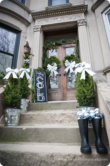 brooklyn limestone christmas stoop