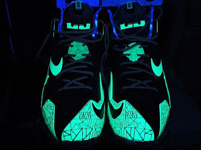nike lebron 11 gr allstar 10 02 This is How Gator King Nike LeBron 11 Glows Under Black Light!