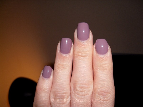 005-max-factor-max-effects-mini-nail-polish-cappuccino
