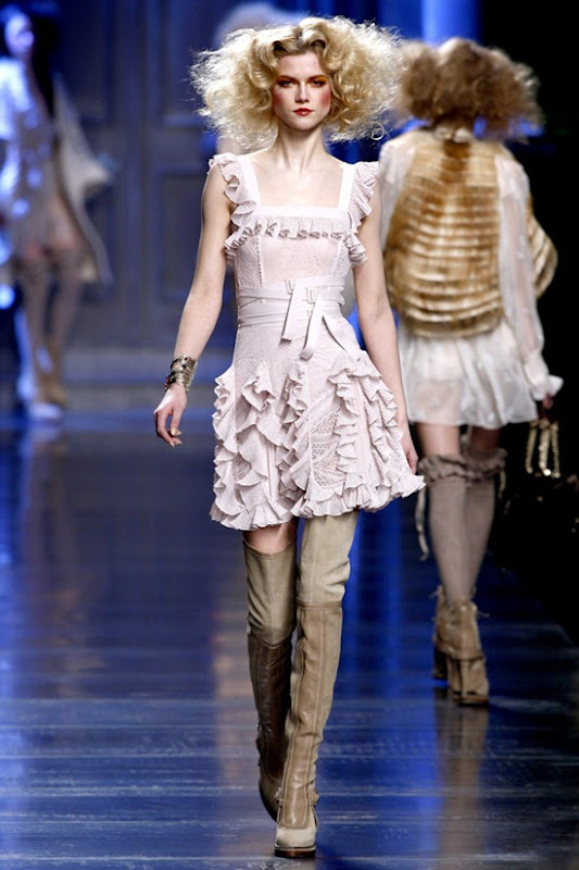 christian-dior-ready-to-wear-fall-2010-5
