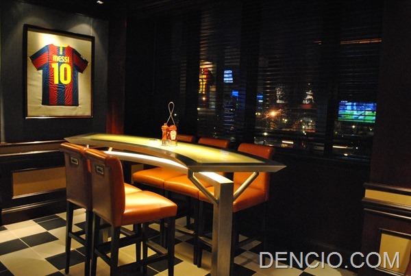 Snaps Sports Bar Sofitel Manila 13