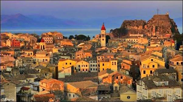 كورفو .. مدينة الجمال والسعادة اليونانية