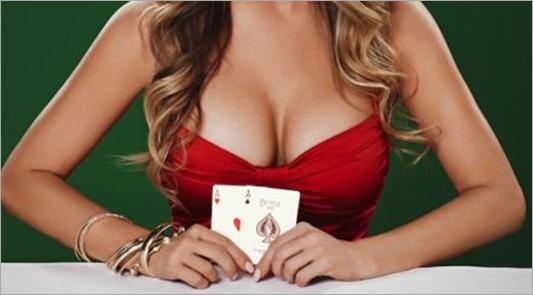 Carmen-Electra-Poker-1