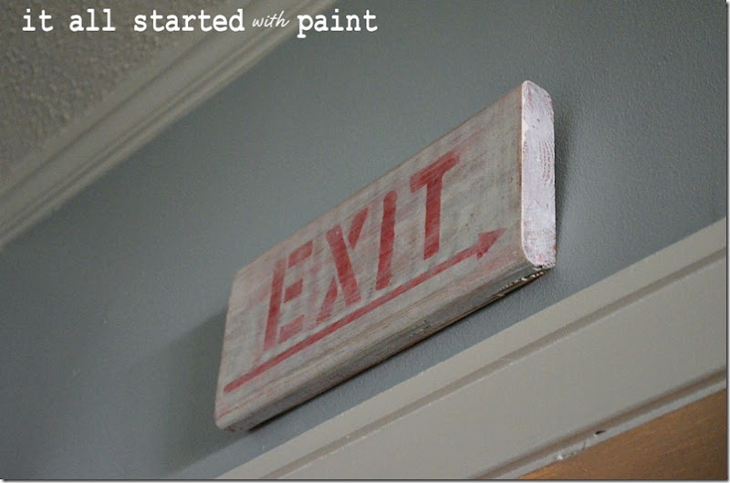 exit-sign-weather-and-distressed