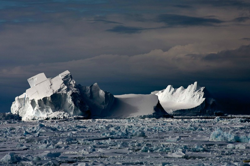 Camille Seaman Iceberg031 copy