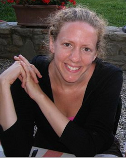 Author Robin Wasserman picture