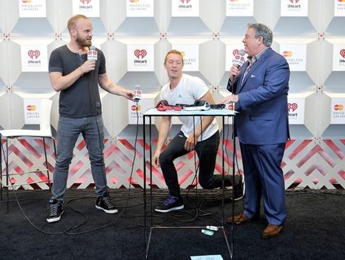 Chris Martin 2014 iHeartRadio Music Festival OY3Pcv7AqQrl