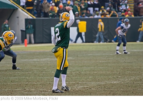 'Mason Crosby prepares to kickoff' photo (c) 2009, Mike Morbeck - license: http://creativecommons.org/licenses/by-sa/2.0/
