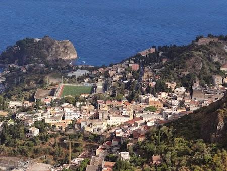 32. Panorama Taormina de la Castelmola.JPG