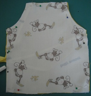doll apron step 8