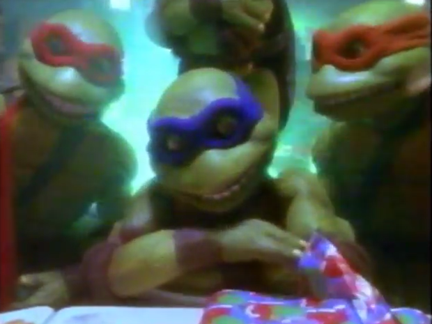 we-wish-you-a-turtle-christmas-TV-special-1994 3