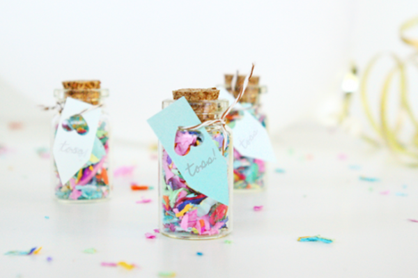 OhSoBeautifulPaper Confetti-Jar-Favors-Sugar-and-Cloth-550x366