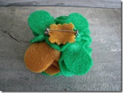 handmade felt flower pin