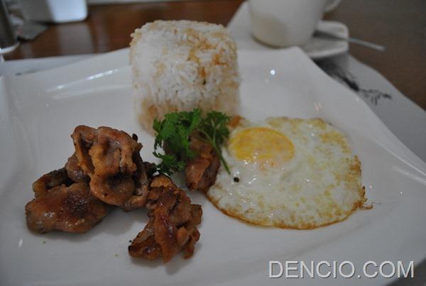 Rica's Restaurant Henry Hotel 11