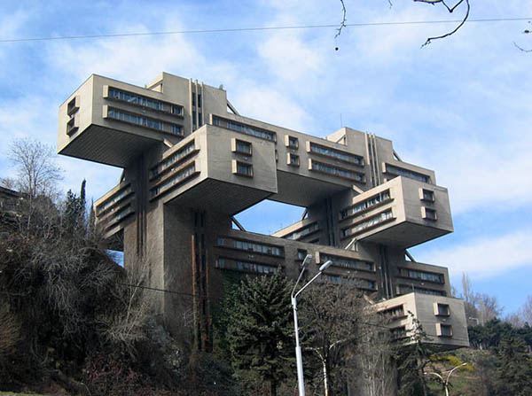 Strange-and-Awesome-Buildings-Architecture-5.jpg