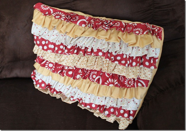 ruffle pillow (1)