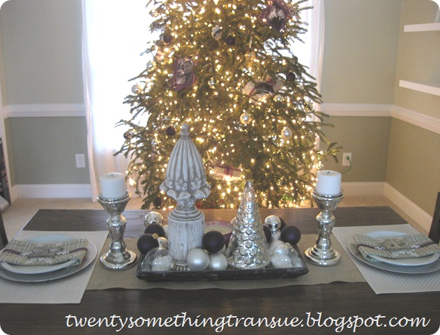 Purple Christmas Tree Decorations and Tablescape 007 (2)