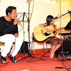Fafah (Mahaleo) à Lyon::SAMPANA_MOZIKA_FAFA_AVRIL09_0522
