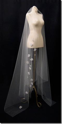 White Waltz veil