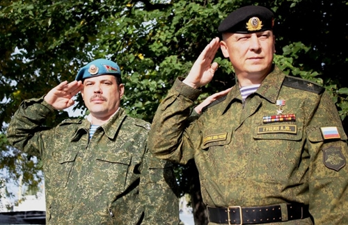 """""""Запад-2013"""": Белорусские военные во время перехода в Балтийск на российских БДК"""