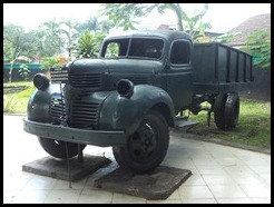 Indonesia, Ambarawa War Museum, 4 ton Dodge 1941, 11 January 2011 (1)