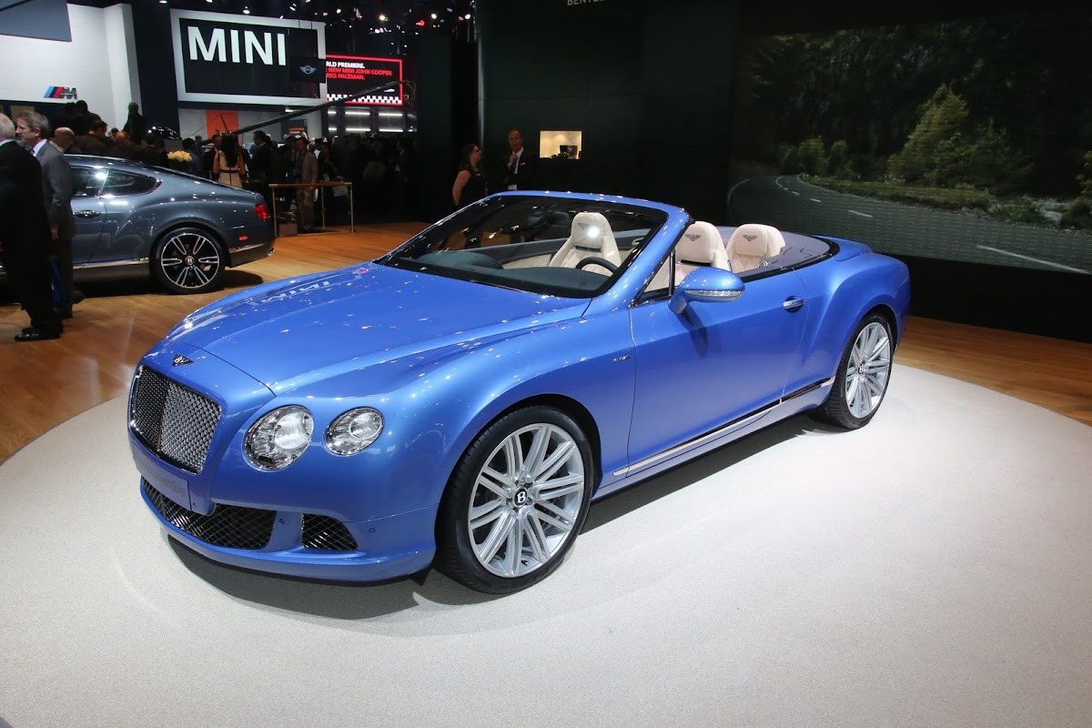202mph bentley continental gtc speed makes its world debut in detroit bentley continental gt speed 4 vanachro Images