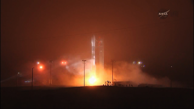 A Delta II rocket leaps off the launch pad to begin NASA's OCO-2 mission at Vandenberg Air Force Base in California, 2 July 2014. Photo: NASA TV