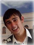 Участник гала-концерта Битва финалистовпрограммы Караоке в АккерманеМаксим ДудкаПодробнее http://akkerman-info.com/