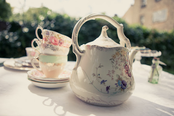 Vintage Crockery to hire