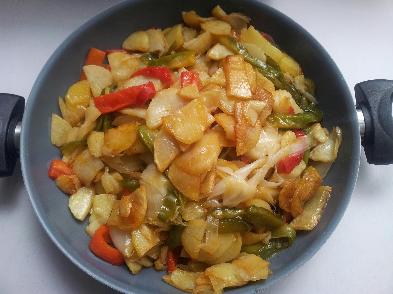 La cocina de beli y su pinche patatas a lo pobre for Cocinar patatas a lo pobre