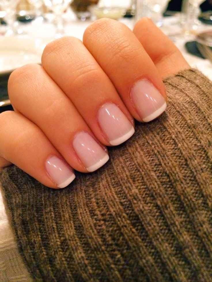Французские маникюры на короткие ногти