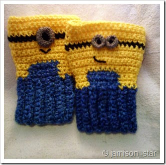 Minion Gloves 1.0