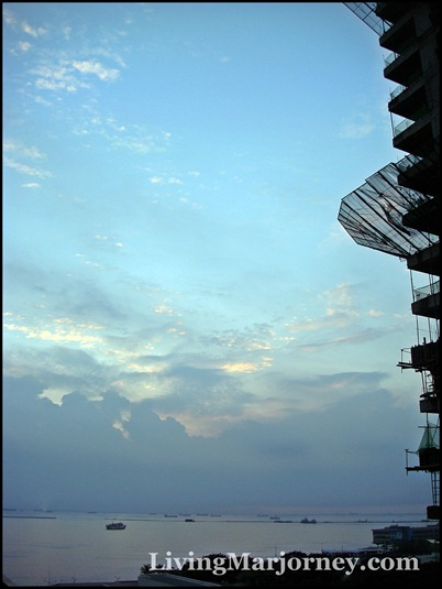 my official entry for the Manila Bay Sunset from the rising Grand Riviera Suites