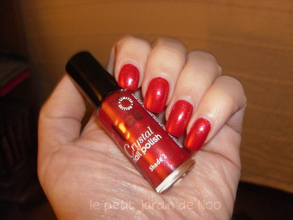 06-2true-nail-polish-crystal-collection