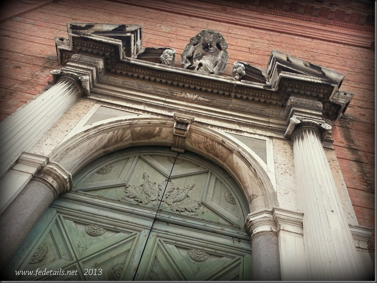 Chiesa di Santa Apollinare ( portale ), Ferrara, Emilia Romagna, Italia - Church of St. Apollinaris ( portal ), Ferrara, Emilia Romagna, Italy - Property and Copyrights of FEdetails.net