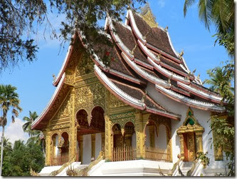 Buddhist_temple_at_Royal_Palace_in_Luang_Prabang
