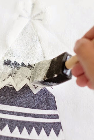 DIY Freezer Paper Screenprited Tshirt