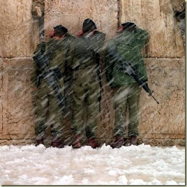 soldiers_kotel_snow