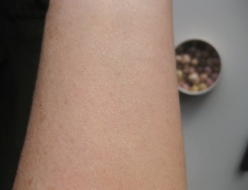 Too-Faced-Sweetheart-Beads-swatch