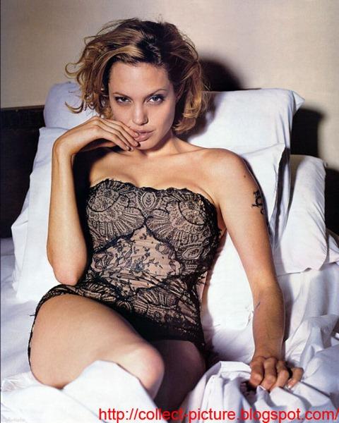 Angelina Jolie Pictures (16)