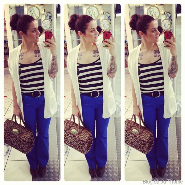 look calça flare azul klein renner, regata listrada, maxi colete branco e bolsa animal print (1)