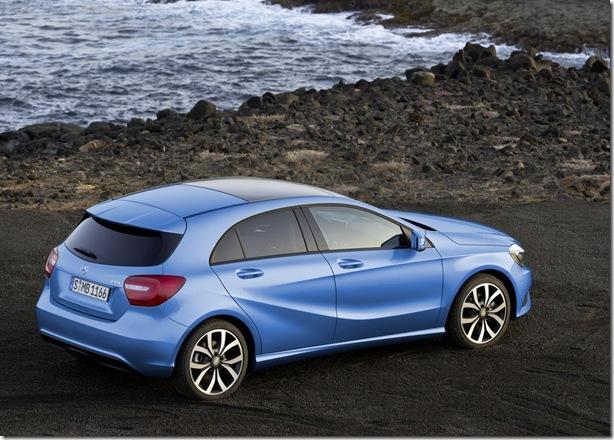 2012-Mercedes-Benz-A-Class-12[2]
