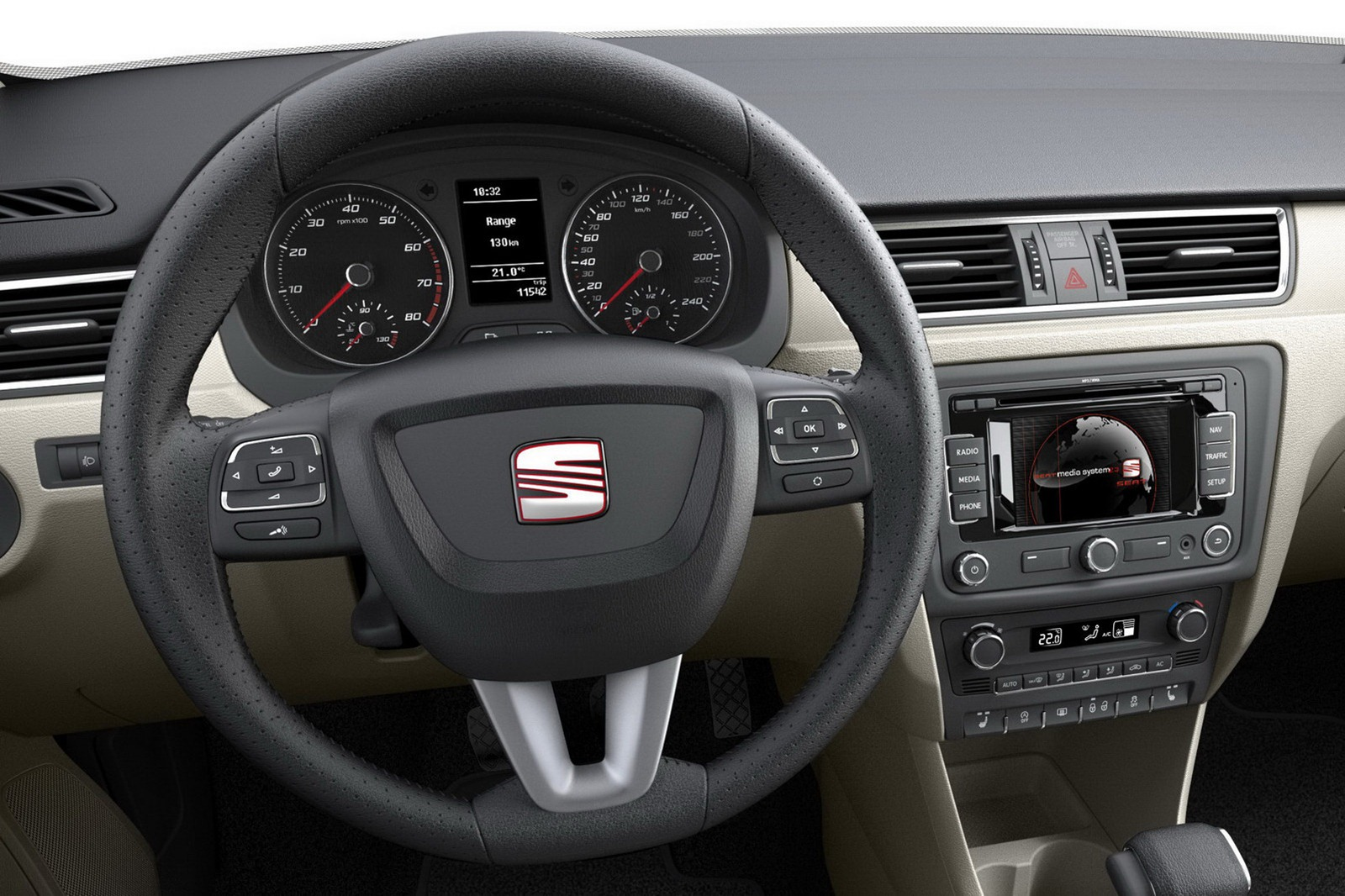 2013-Seat-Toledo-Sedan-Official-Interior...mgmax=1800